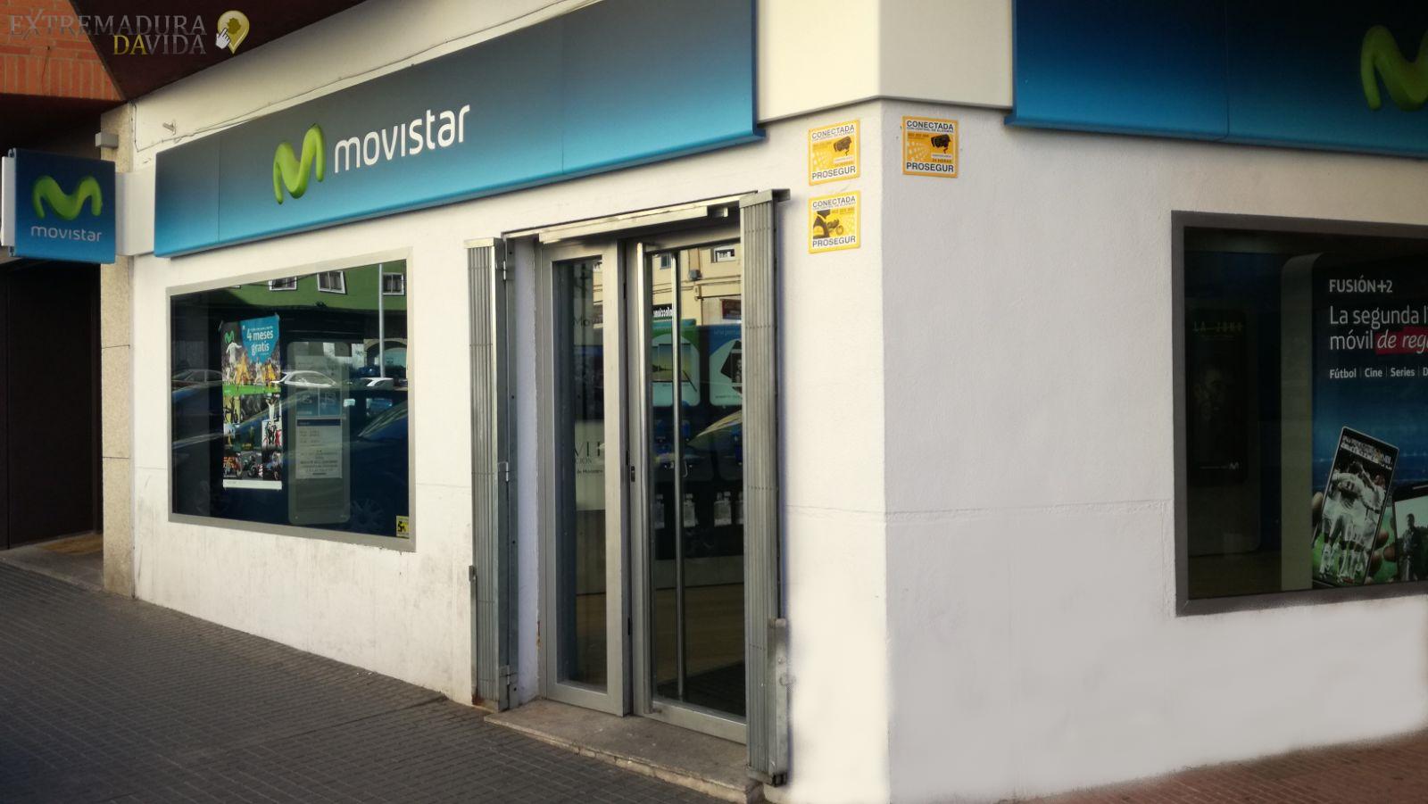Tienda telefonía moviles Decibelio Cáceres Movistar
