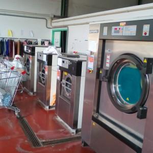 Lavandería Industrial y Centro Especial de empleo para descapacitados en Cáceres Holbe