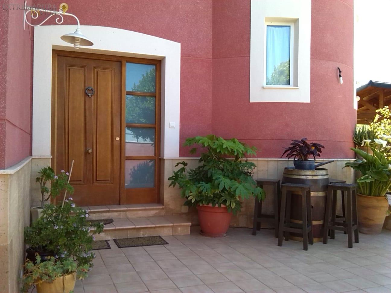 Venta de chalet o casa de lujo en Extremadura - Almendralejo