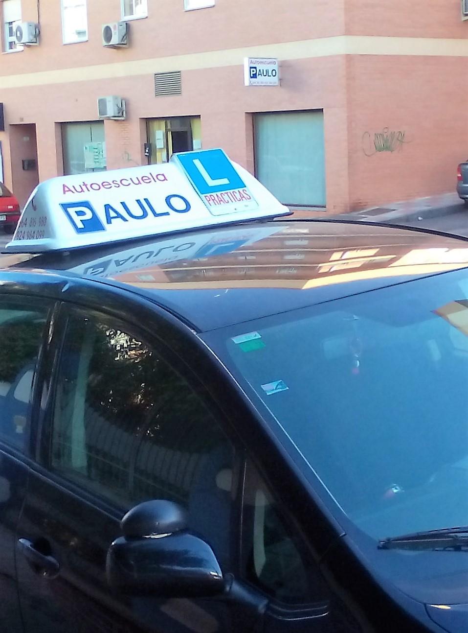 autoscuela en Almendralejo Paulo