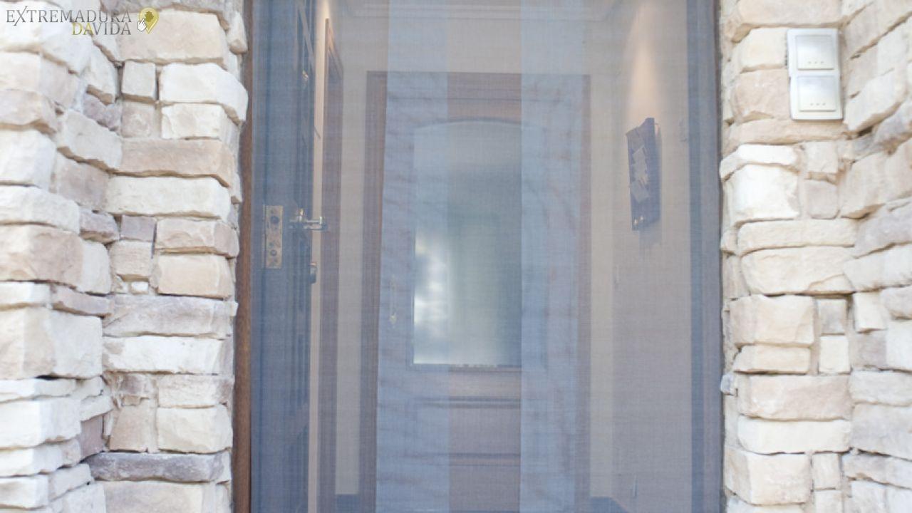 Persianas , cortinas y droguería en Fuente del Maestre Rojas