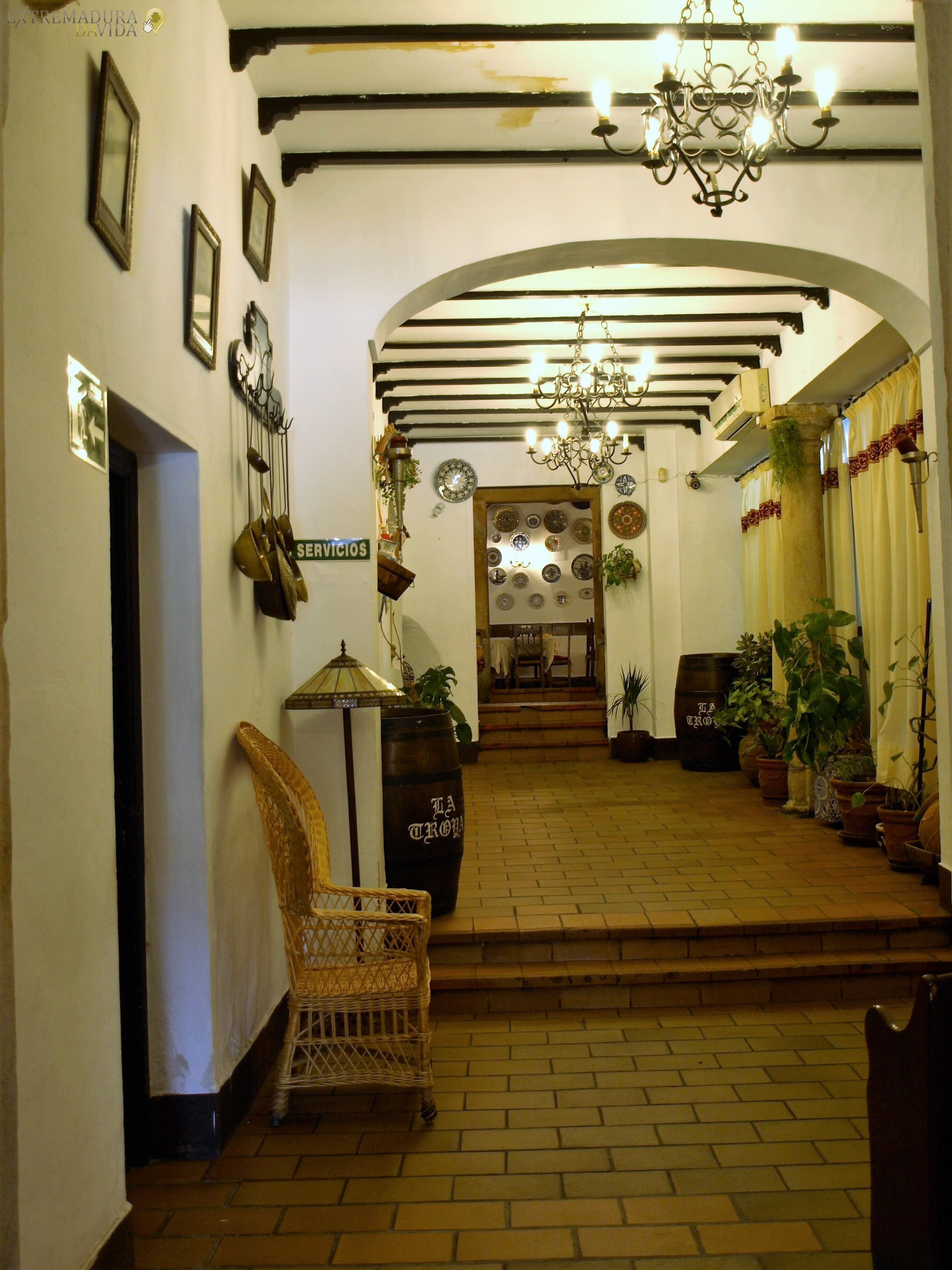 RESTAURANTE-HISTORICO-TIPICO-TRUJILLO-LA-TROYA