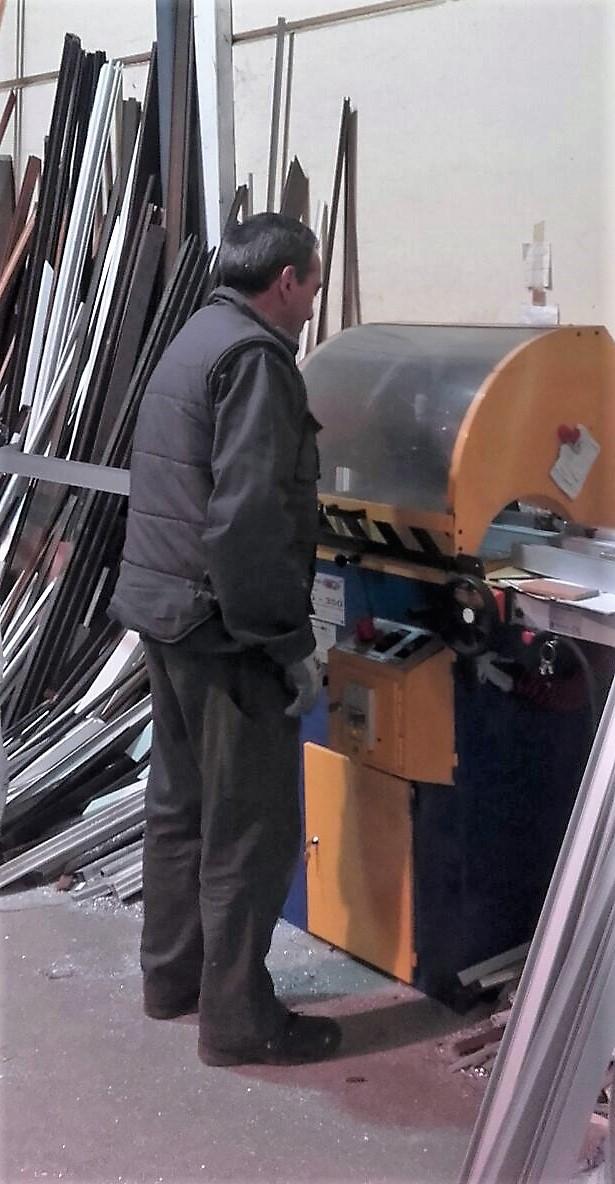 aluminios hierros Malpartida de Cáceres Hermanos Agundez-Cáceres