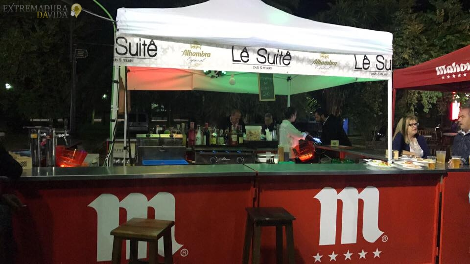 Discopub y Bar de copas Le Suite Zafra