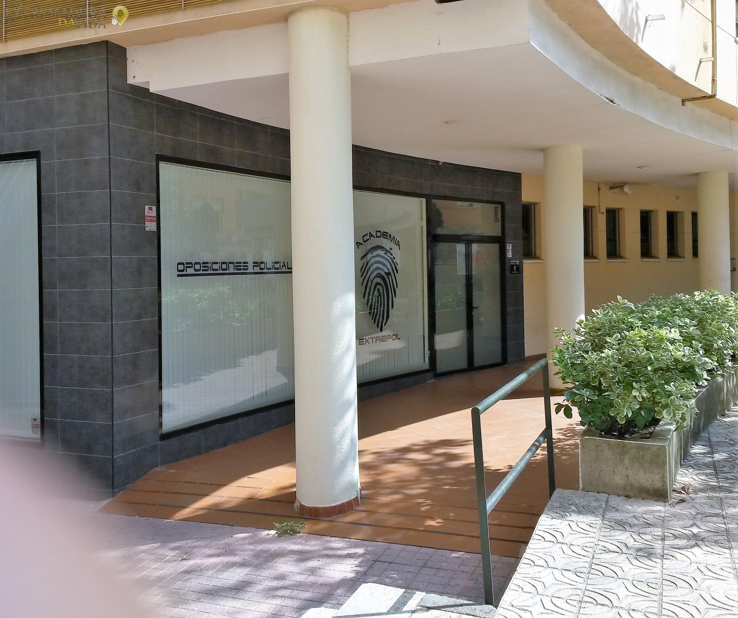 ACADEMIA POLICIA NACIONAL MUNICIPAL OPOSICIONES CACERES EXTREPOL