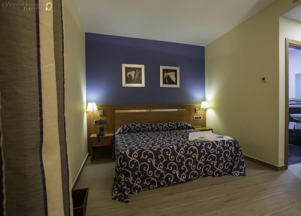 Alojamiento Hostal Hotel Almendralejo Ruta de la Plata