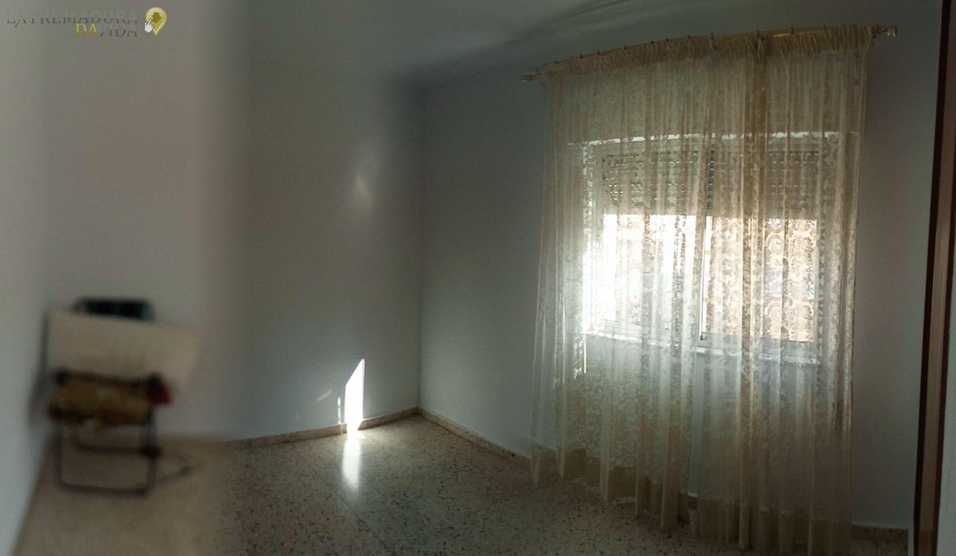 Se vende piso en Cáceres Urge