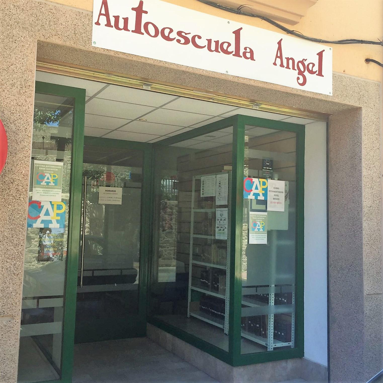 autoscuela en la vera Angel