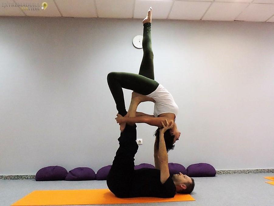 yoga en Cáceres Órbita Yoga