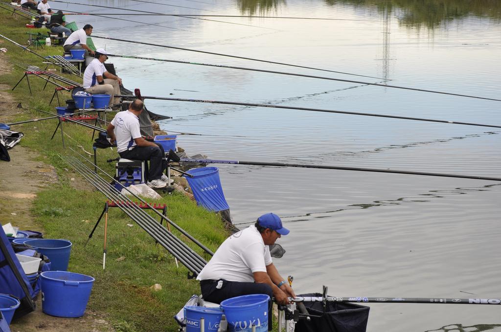 Artículos de Pesca y Caza Casar de Cáceres Sport Fishing Corner