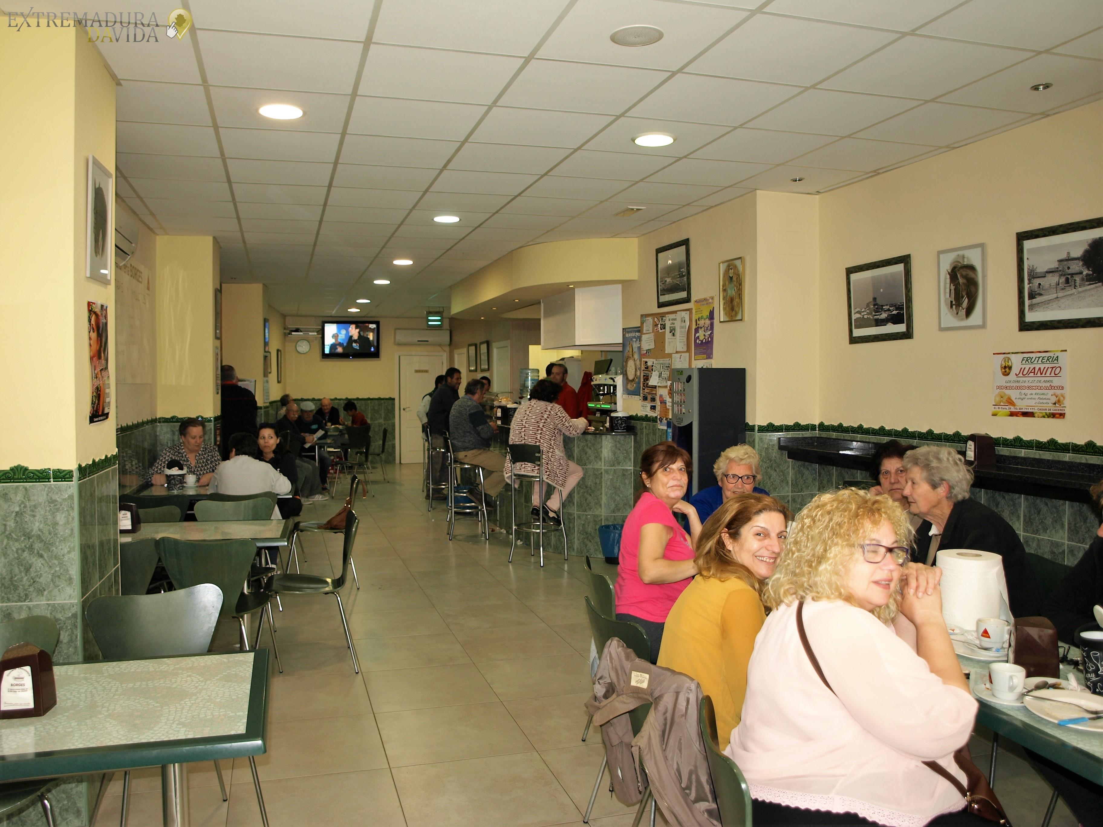 CHURRERIA CHOCOLATERIA EN EL CASAR DE CACERES BORGES