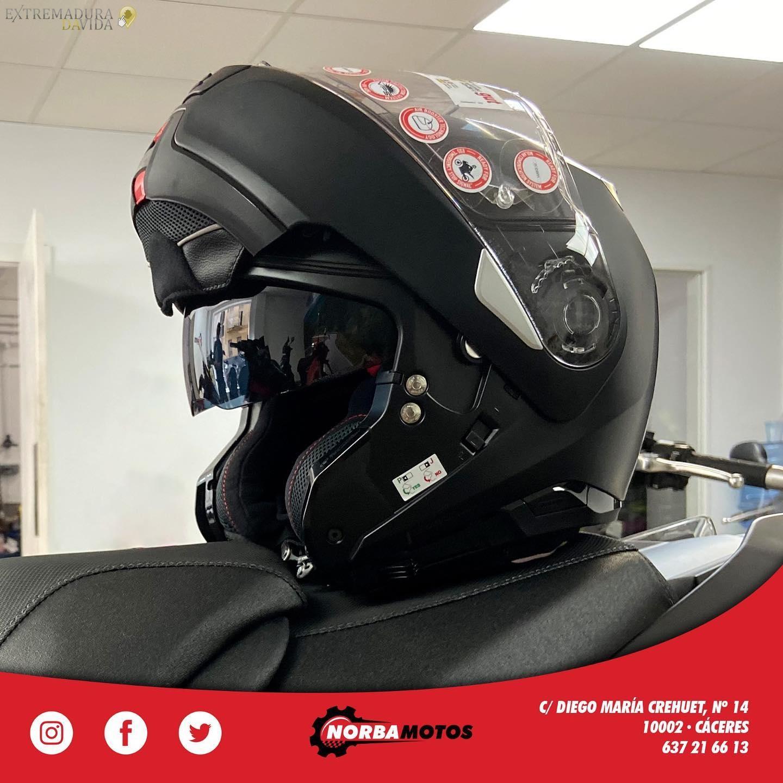 Comprar casco para moto en Cáceres Norbamotos