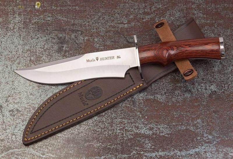 Cuchillos de caza en Almendralejo Victor Sanabria