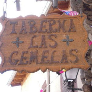 TABERNA-LAS-GEMELAS-EN-GARGANTA-LA-OLLA-TAPERIA