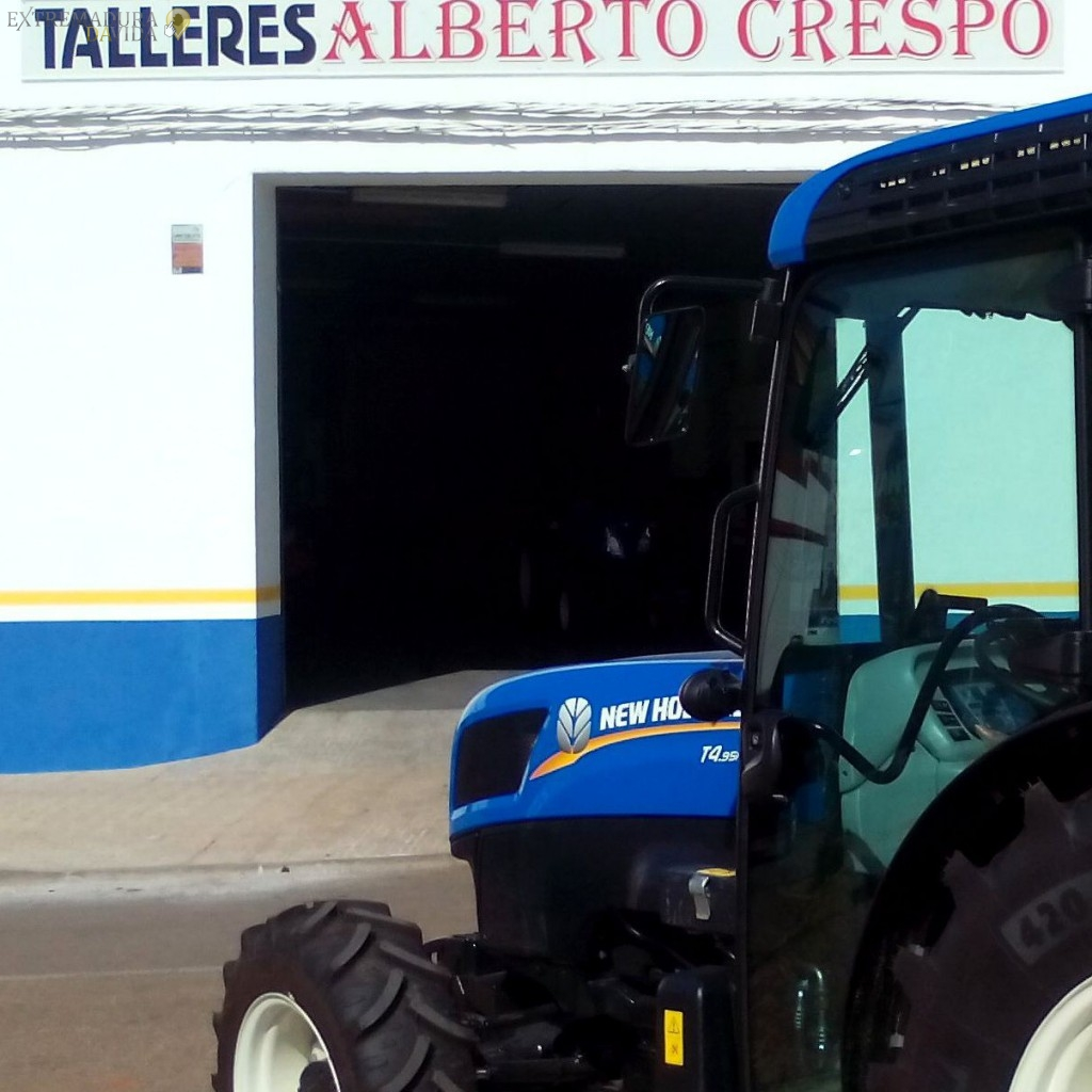 TALLER TRACTORES ALMENDRALEJO CRESPO