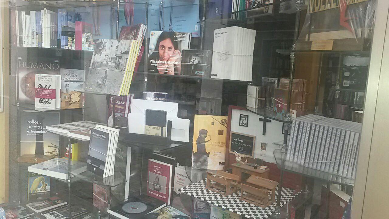 Papeleria Libreria En Almendralejo MARIBEL