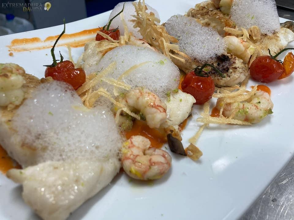 Restaurante Terraza Salones para eventos en Almoharin El Descanso raciones