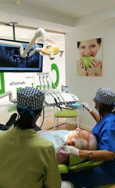 Dentistas en Cáceres Dentalife