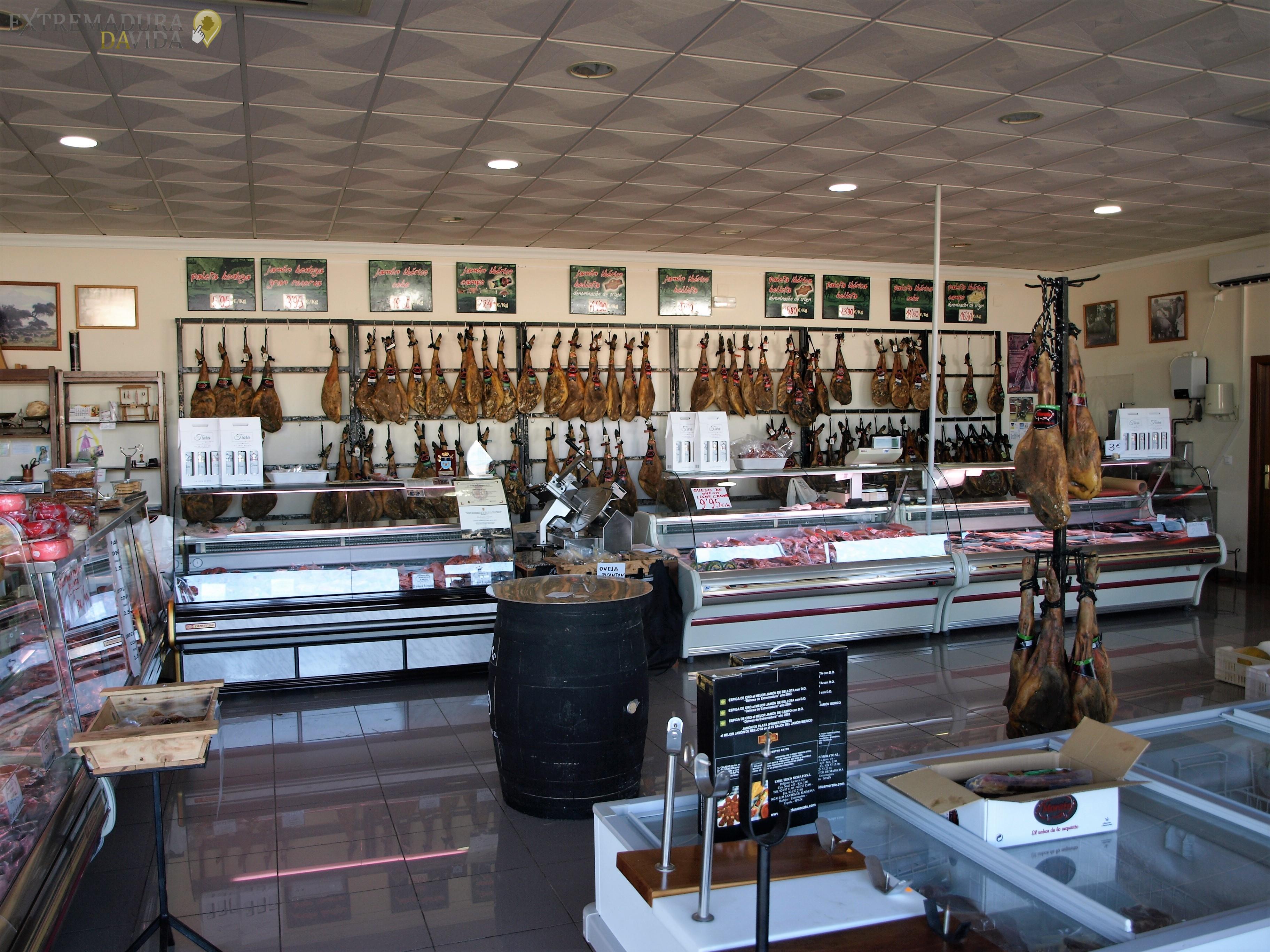 fabrica y distribución de jamones extremeños morato