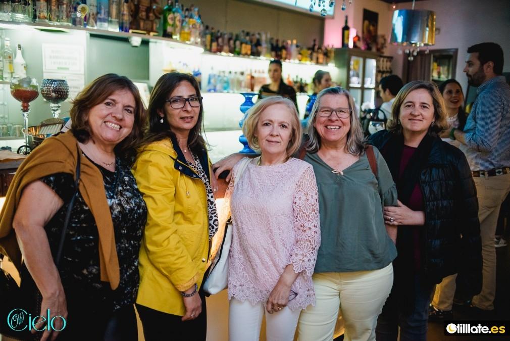 Pasarlo bien en Badajoz Karaoque Ohh Cielo