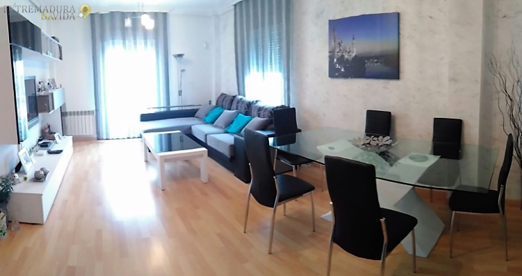 Inmobiliarias en Almendralejo CG Venta de casas , terrenos , chalet , naves