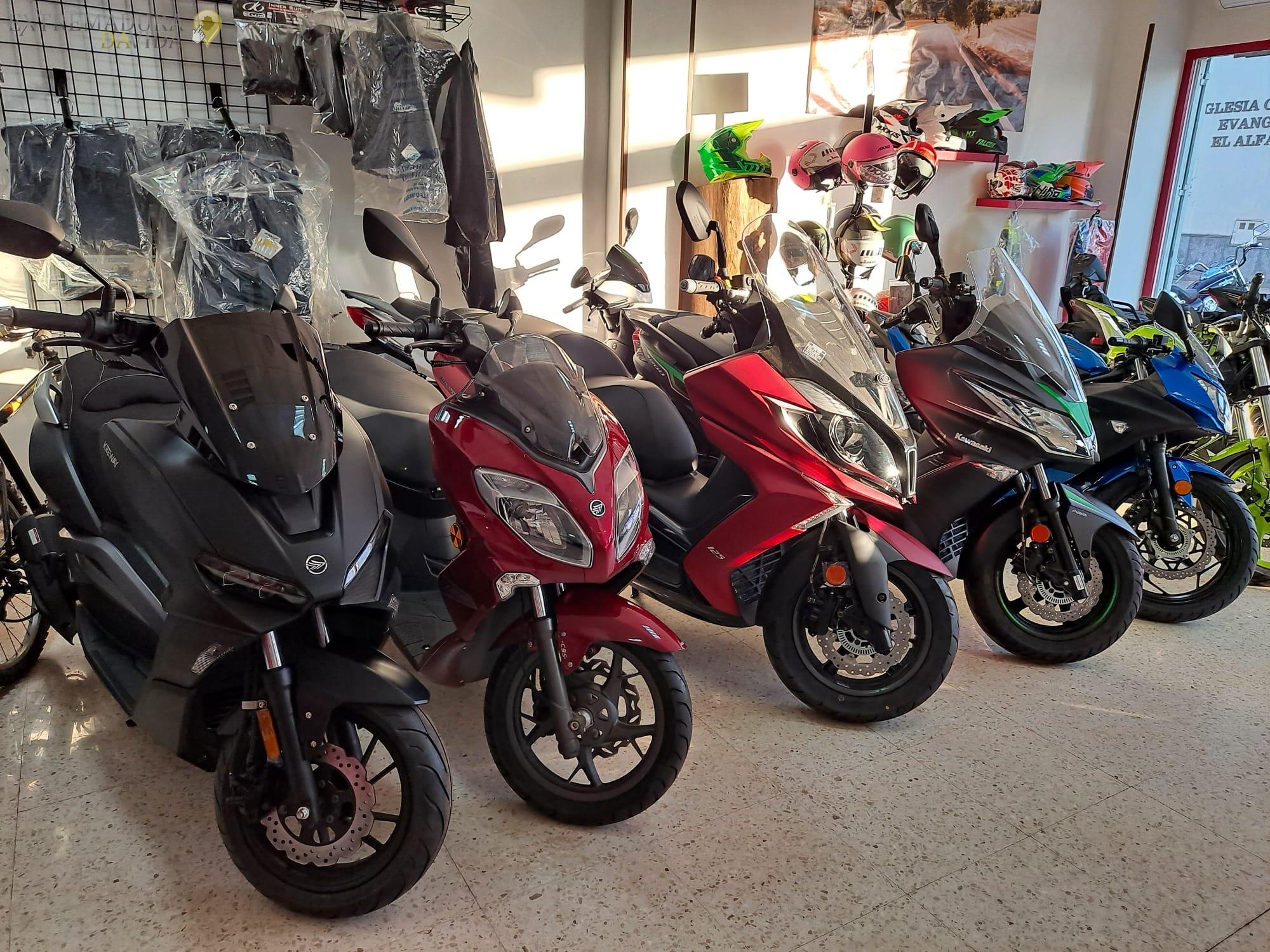 Venta de motos en Almendralejo Taller MQ