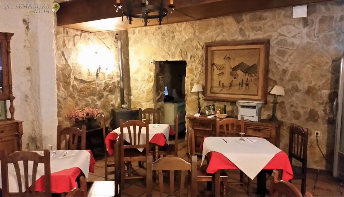 Restaurante Meson Carretera Cáceres Badajoz La Cabaña