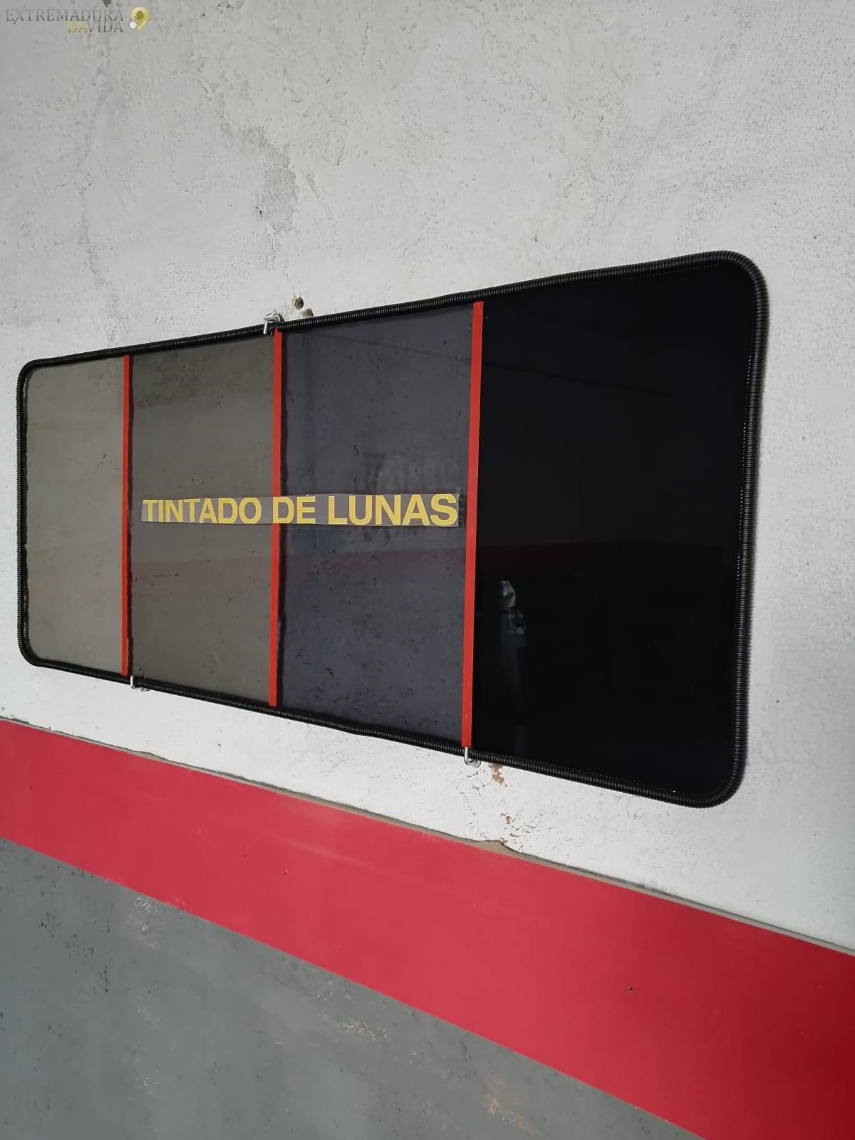 Tintado de lunas Cristaleria del Automovil en Alange Autoglass Merida