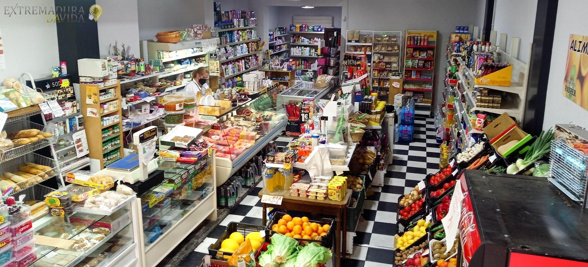 Tienda de alimentación en Almendralejo Multitienda La Paz